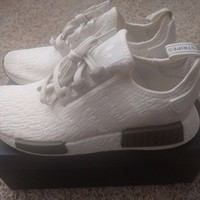 adidas NMD R1 Chalk White/Trace Olive Green CQ0758 RARE Mens All NEW