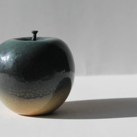 Original ceramics Free shipping ''Apple'' nearly 3.9 inch / 3.9 inch