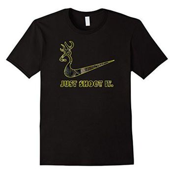 Just Shoot It   Camo Deer Hunting T Shirt