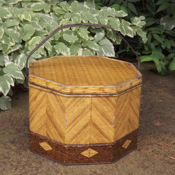 Vintage Picnic Basket Tin, Loose Wiles Large Biscuit Tin, Metal Lunch Pail Biscuit Tin, Octagon Tin, Mod Brown Zig Zag Bucket