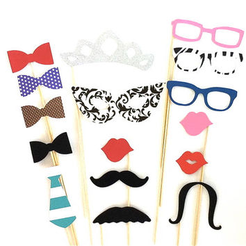 Glitter Tiara Photobooth Props Party Pack Set of 16 Wedding Photo Booth Props Party Decorations Party Supplies Masks Glasses Mustache
