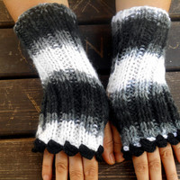 Formal Glove, Black- White Gloves, Crochet Gloves, Hand Warmer, Winter Gloves, Long Gloves,Women Gloves,Arm Warmers,Knit Mittens,Gift Ideas