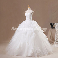 Ball gown sweetheart appliques organza wedding dress