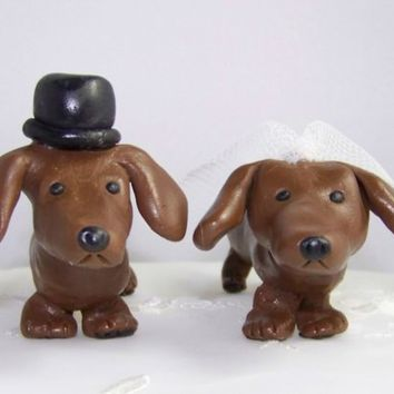 Cute Dachshund Lovers Wedding Cake Topper by CountrySquirrelsRUS