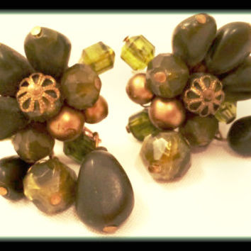 GERMANY Pre War Waterfall GREEN Plastic Clip on Earrings Cluster Vintage Jewelry