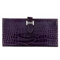 So So Rare Pristine Hermes 'Amethyst' Shiny Alligator Bearn Wallet