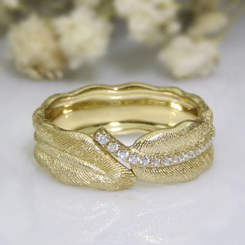 Natural Diamond Half Eternity Band Italian Carved Gilded Gold Leaf Design 0.19ctw Pave Accents 18k Yellow Gold Wedding Band (CFBLR005)
