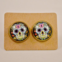 Skull Jewelry // Gifts for Her // Day of the Dead// Halloween // Festive White Pink Sugar Skull // Candy Skull Antique Bronze Earrings