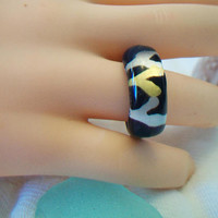 Acrylic Animal Print Band Ring Size 7.5 Costume Jewelry Black Silver Gold