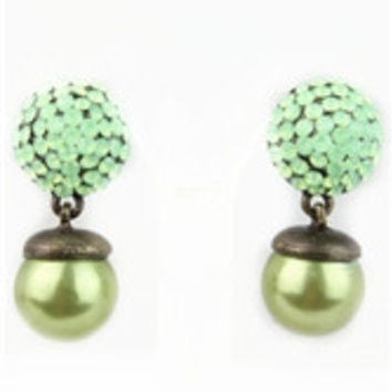 Ole Women's Studded and Inlaid Pearl Earrings Jade