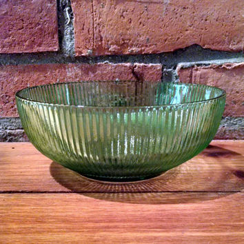 Vintage EO Brody Co Green Glass Bowl, Decorative Glass Bowl, Small Fruit Bowl