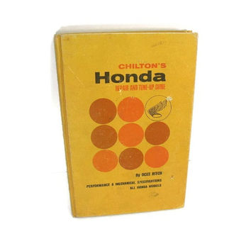 Vintage 1960s Chilton Guide Book Honda Motorcycles
