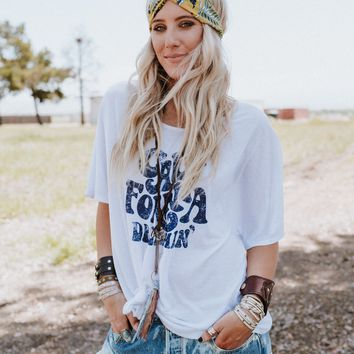 California Dreamin' Graphic Tee