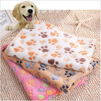 2016 New 40 x 60cm Cute Floral Pet Sleep Warm Paw Print Dog Cat Puppy Fleece Soft Blanket Beds Mat