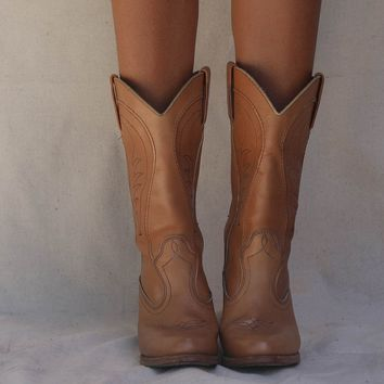 VINTAGE Cognac Leather Western Boot