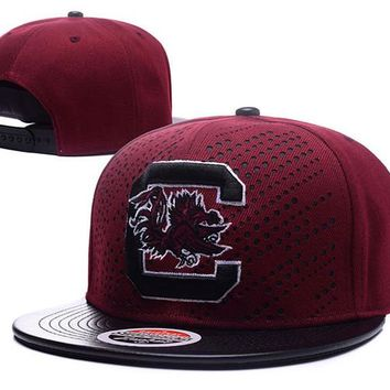 2017 Men's South Carolina Gamecock NCAA Snapback Hats Bordeaux Red Color Brand USA College Letter C Logo Leather Visor Adjustable Caps