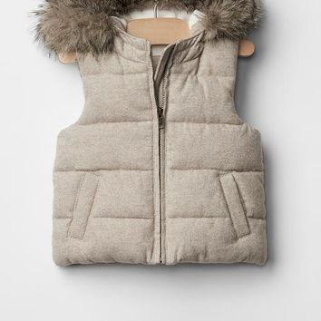 Gap Warmest Metallic Flannel Puffer Vest