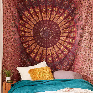 Bleached Medallion Tapestry - Urban Outfitters