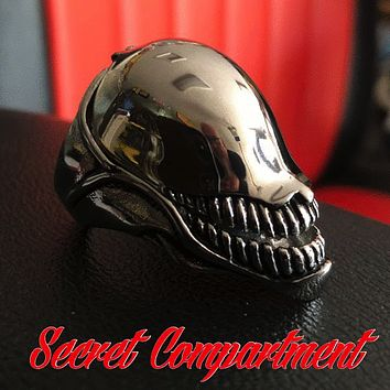 HIDDEN COMPARTMENT 'ALIEN' Stainless Steel Ring (324)