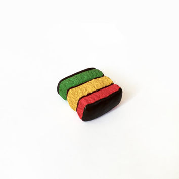 Rainbow Cookie Magnet - Polymer Clay Magnet - Tri Color Cookie Magnet - Dessert Magnet - Kitchen Magnet - Food Magnet - Cookie Magnet