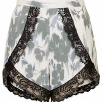 **PRINTED LACE TRIM SHORTS BY OH MY LOVE