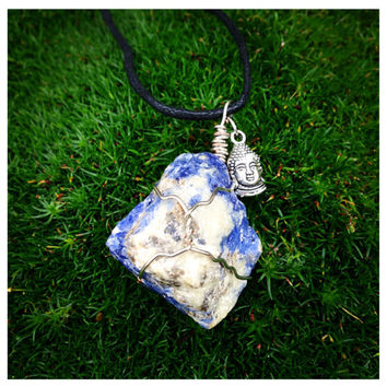 Genuine Sodalite Buddah Head Necklace; Raw Crystal,crystal Healing, Wire Wrapped, boho, cute, pretty, unique, rock jewelry