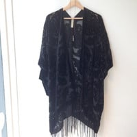 Burnout  Women Boho Gypsy Fringe Floral Kimono Cardigan Tassels Beach Cover Up Cape  Jacket  Black  - Baroc Design Gifts for Her