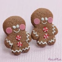 Gingerbread Men Studs / Post Earrings - €18.00 : PetitPlat, Miniature Food Art
