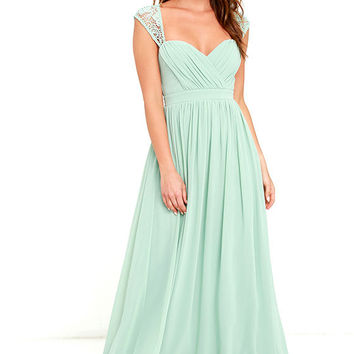 Novela Sage Green Lace Maxi Dress