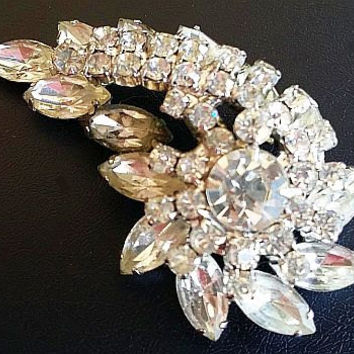 "Designer Brooch Pin Clear Ice Rhinestones Layered  Unsigned Eisenberg Silver Metal 2.5"" Vintage"