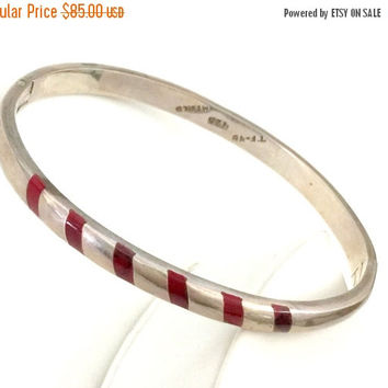 Modernist Sterling Silver and Coral Hinged Bangle, Six Coral Inlays, Mexican Sterling Silver Bracelet, Artisan Hand Crafted, Hallmarked