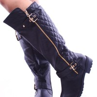 BLACK FAUX QUILTED LEATHER BUCKLE ZIPPER KNEE HIGH RIDER BOOTS
