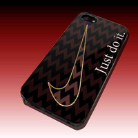 Elegant Cevron with Nike Just do it Design Hard Plastic Case For iPhone 4/4S, iPhone 5, Samsung Galaxy S3 i9300, Samsung Galaxy S4 i9500