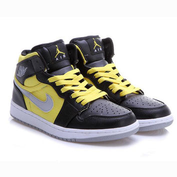 Nike Air Jordan Retro 1 High Tops Contrast Sports shoes Black-Golden  G-CSXY