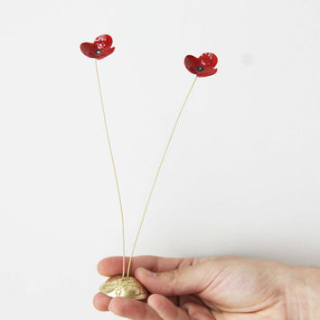 Red poppies metal sculpture, brass flowers art object with red enamel, two poppies gold red sculpture, flower decor, scarlet poppies art