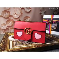GUCCI GG MARMONT HEART LEATHER CHAIN SHOULDER BAG
