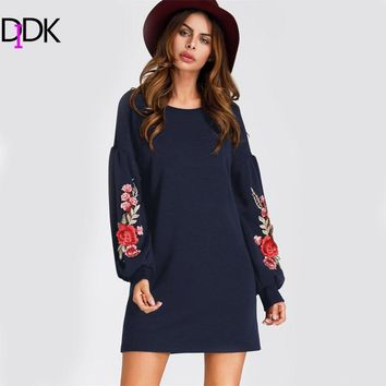 DIDK Embroidered Appliques Balloon Sleeve Dress 2017 New Woman Navy Long Sleeve Short Shift Dress Round Neck Sweatshirt Dress