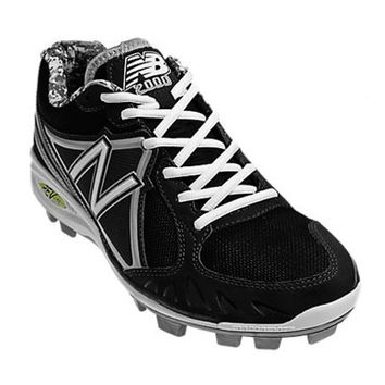 New Balance MB2000 Low Molded Cleats