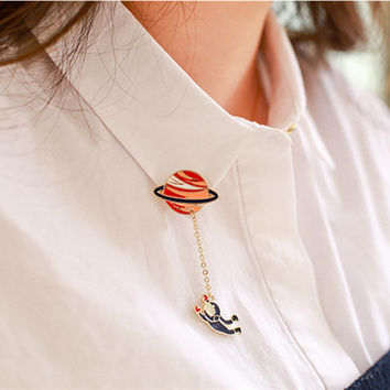 Hot Fashion Vintage Designer Enamel 3 style Spaceman Planet Charm Costume Brooch Pins Jewelry Accessories for girl brooch badge
