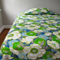Vintage Cotton Floral Bedspread - Mid Century Bedroom Decor circa 1970 Oval Tablecloth