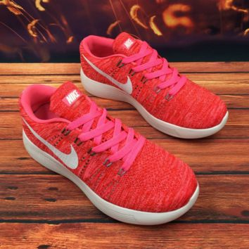 NIKE leisure and comfortable rubber sole sports shoes Pink