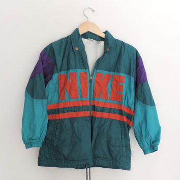 Vintage Nike Windbreaker Jacket // Size Kids by WildKardVintage