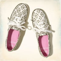 Girls Sneakers Shoes & Accessories | HollisterCo.com