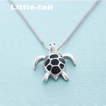 The new listing of 925 sterling silver handmade cute little turtle necklace Korean temperament fashion trend of fashion jewelry