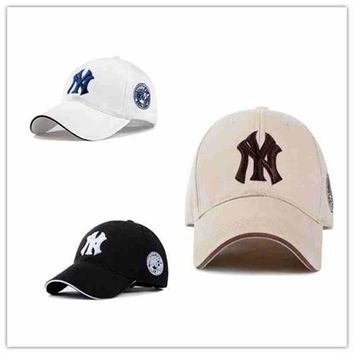 Wholesell Yankees Hip Hop MLB Snapback Baseball Caps NY Hats MLB Unisex Sports New York Adjustable Bone Women casquette Men Casual headware
