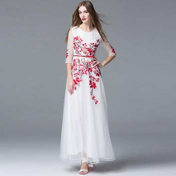 High Quality 2018 Runway Maxi Dress Women's 3/4 Sleeve White Mesh Floral Embroidery Elegant Formal Party Long Chiffon Dress