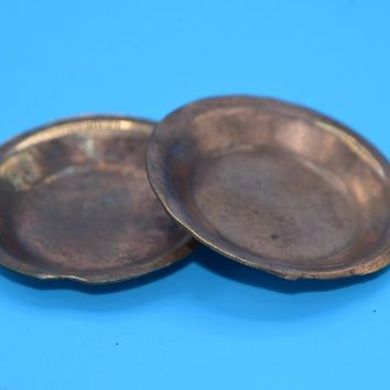 Miniature Copper Plates Pair Vintage Dollhouse Copper Dinnerware Plates Primitive Copper Mini Plates Fairy Garden Terrarium Decor