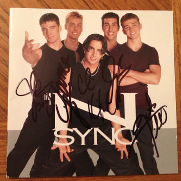 NSYNC Autographed Pre-fame Debut Euro CD Booklet - 'NSYNC Reunion - Justin Timberlake