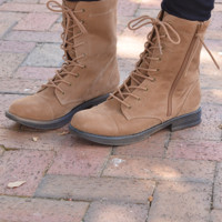 Down The Hunting Trail Boots: Tan