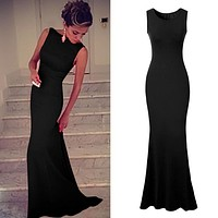 Pretty Form Fitting Long Dress with Train 3 Colors